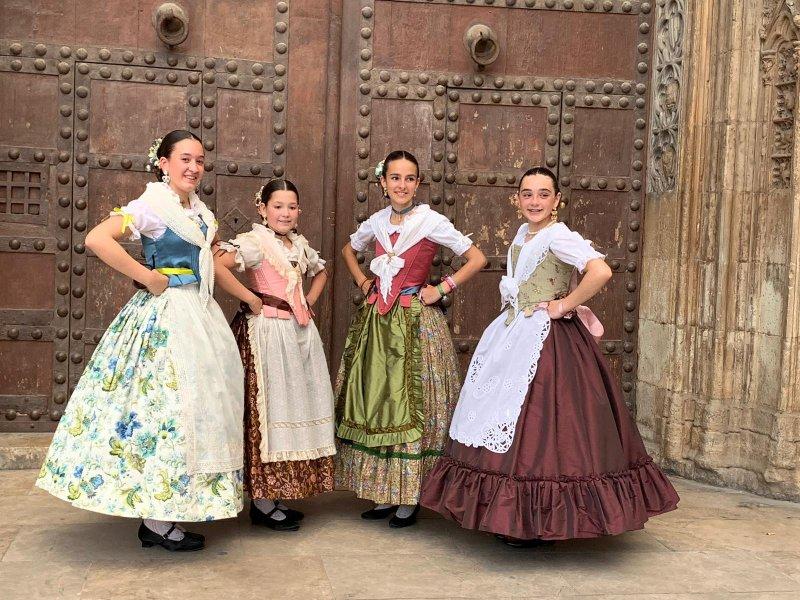 Tradicional Dansà a la Mare de Deu