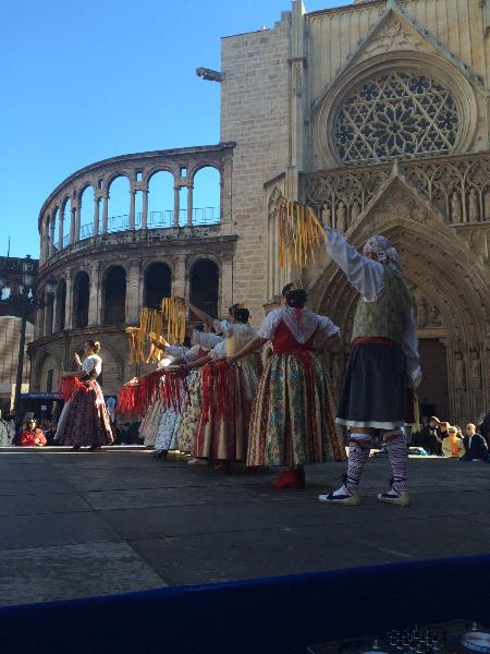 Actuación grupo de Bailes Regionales