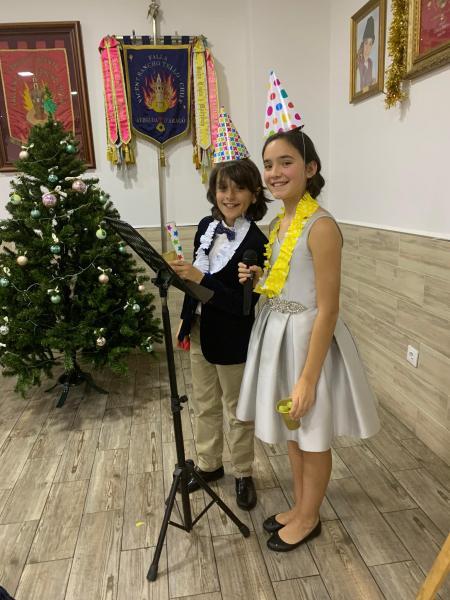 Pame y Pau celebran la Navidad con nuestro Sector y la Agrupación