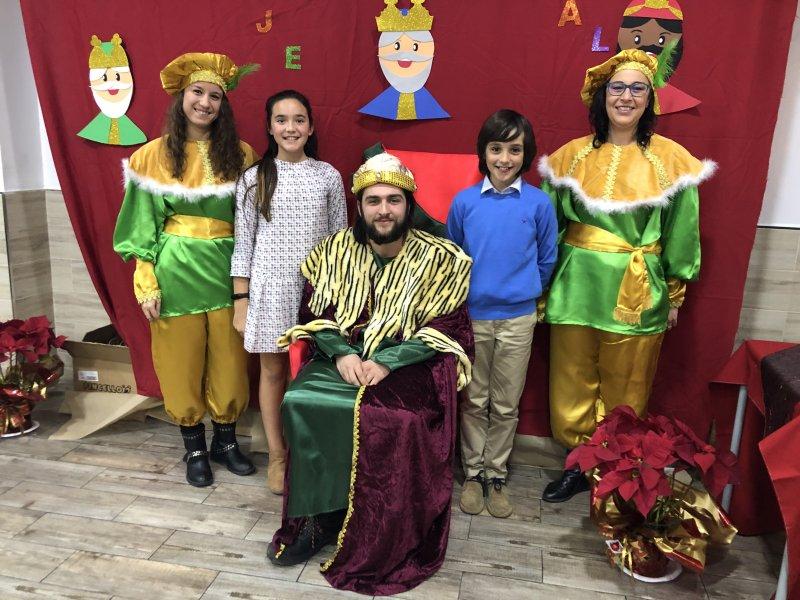 Merienda de Reyes. Visita del Paje Real